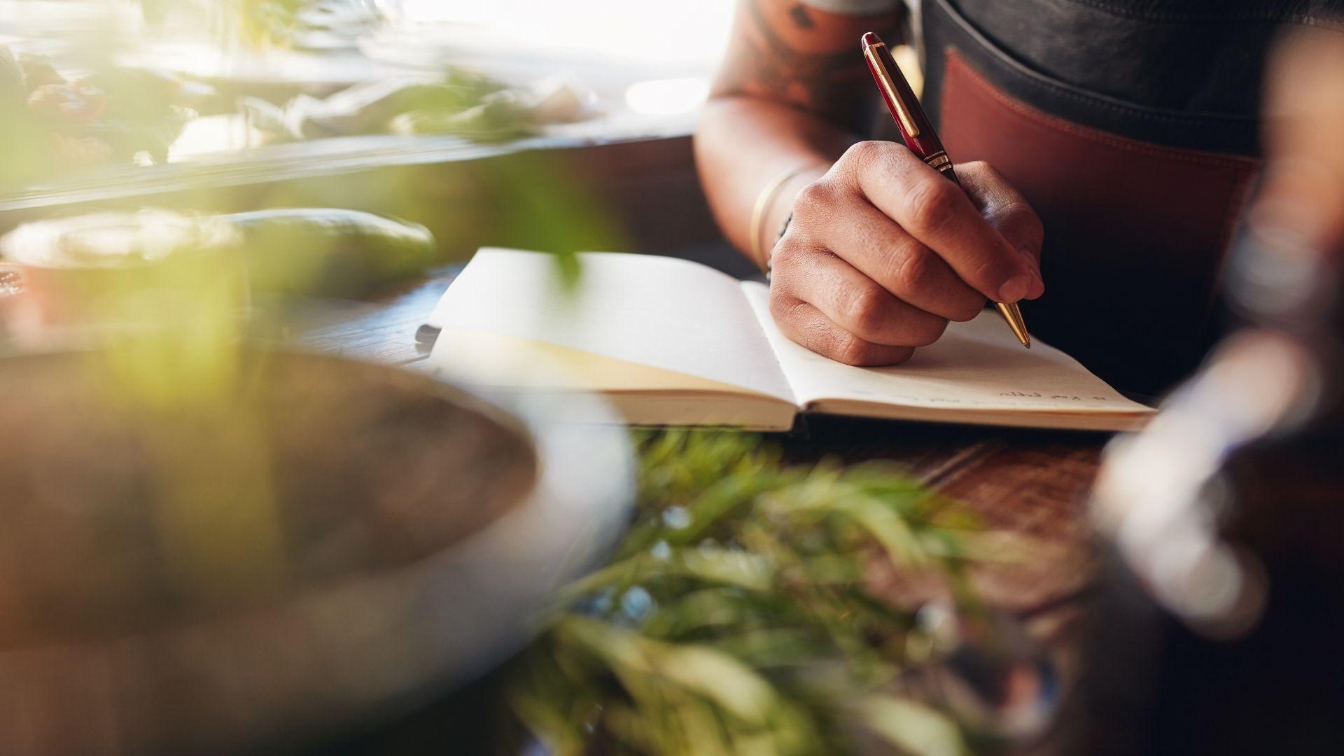 You are currently viewing L'arte di scrivere: come costruire una scena